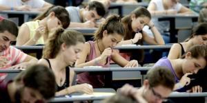 La realidad de muchos jóvenes recién licenciados es bien diferente a la que les prometieron (poco adultos - lavanguardia.com)