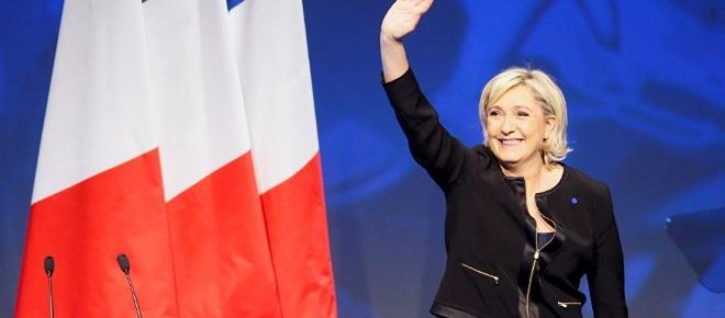 Marine Le Pen se retira del partido Frente Nacional a dos semanas de la elección