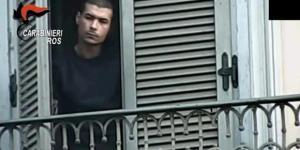 Mouner El Aoual, marocchino arrestato a Torino preparava attentati in Italia e sul Web addestrava 12 mila aspiranti combattenti. Foto: carabinieri.