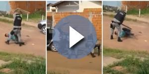 Policiais são flagrado agredindo homens