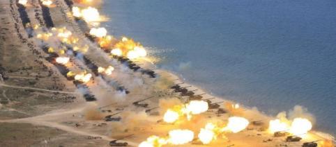 Le imponenti esercitazioni militari della Corea del Nord.