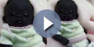 """Esta foto tem sido compartilhada nas redes sociais como a do """"bebê mais escuro do mundo"""""""