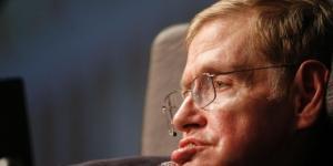 Professor Stephen Hawking warns development of artificial ... - net.au