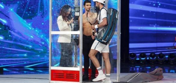 Registrazione Amici 2017 settima puntata: colpo di scena per Stefano?