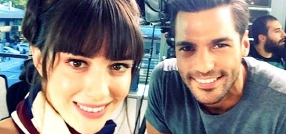 Cherry Season, anticipazioni: Ayaz e Oyku fidanzati nella realtà tornano in tv