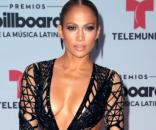 Jennifer Lopez's Red Carpet Look Was Fire at the 2017 Billboard ... - nhely.hu