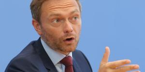 FDP auf dem Holzweg. [blastingnews pictures archive]
