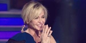 Paola Barale ha festeggiato i cinquant'anni a Verissimo