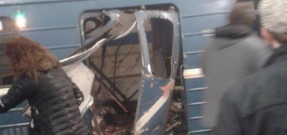 Explosion in St Petersburg metro in Russia, 10 killed and 50 ... - hindustantimes.com