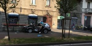 Grave incidente a Milano, un conducente 56enne morto in ospedale: altro guidatore fuggito subito dopo impatto