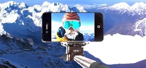 Selfie am Mount Everest Copyright by Karl Weingaertner
