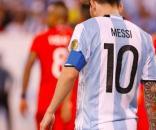 Messi tête baissée, argentine.