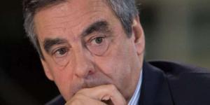 François Fillon en plein doute peut se retrouver au deuxième tour de la présidentielle.