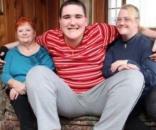 Broc Brown, 19 ans, mesure déjà 2,47 m et continue de grandir !