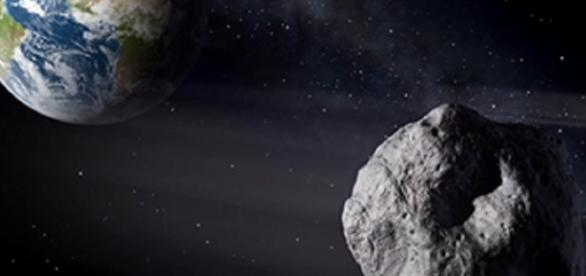 an asteroid passes close to Earth