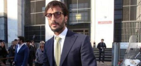 Fabrizio Corona in aula: attacco alla stampa e al pm Woodcock