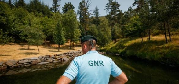 Desta vez, felizmente, a vida do militar da GNR foi poupada por a arma ter encravado