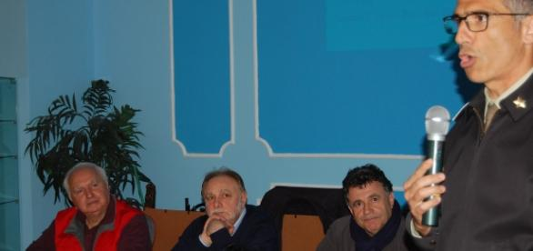 I tre relatori (Scarpetta, Grieco, Rubino) con il generale di brigata Prezioso