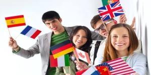 Há bolsas de estudos com inscrições abertas para estudo idiomas em vários países