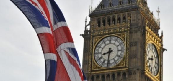 Dall'Italia arrivano appelli al Regno Unito