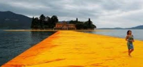 "Christo's ""Floating Piers"" FAIR USE today.com Creative Commons"