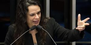 Janaína Paschoal: 'Chamei Putin de adolescente para ressaltar seu ... - sputniknews.com