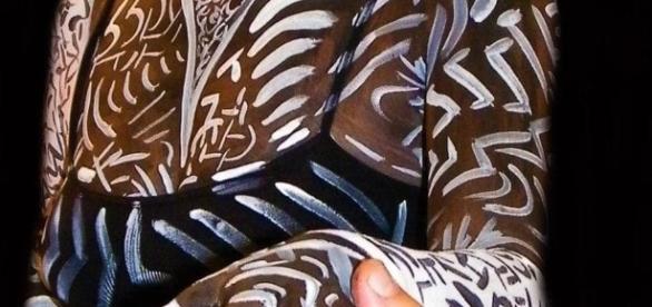 Il Body Painting con il cioccolato