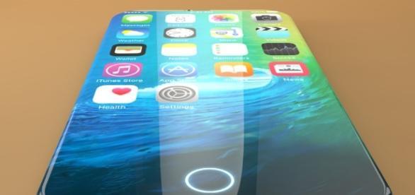 Si rincorrono le indiscrezioni su iPhone 8