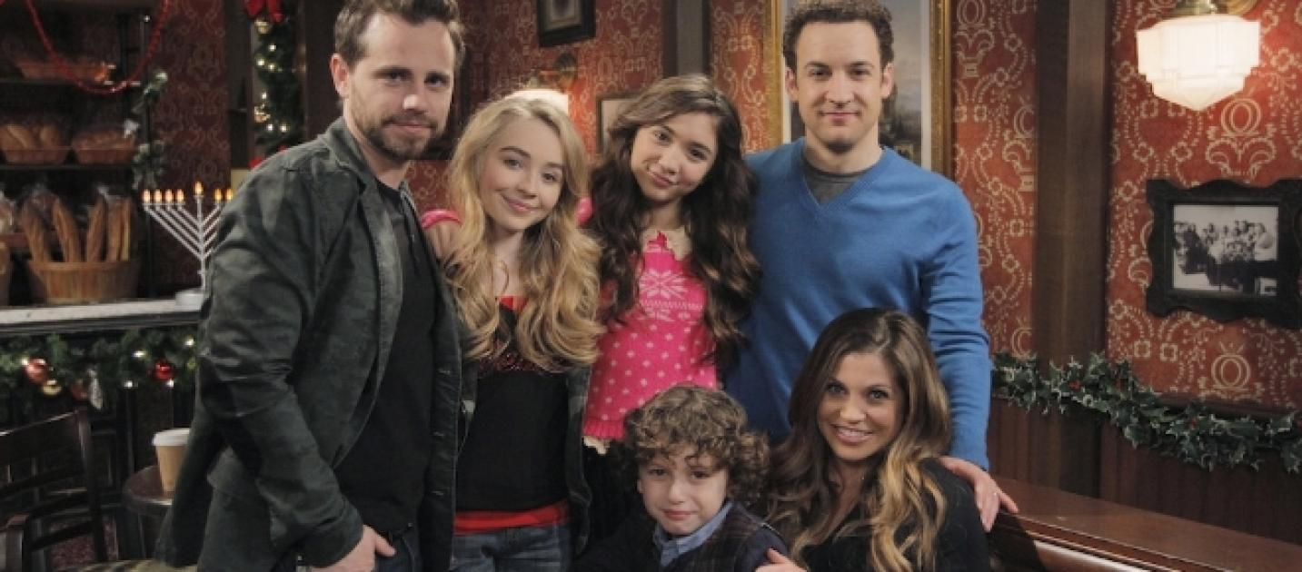girl meets world storyline Watch girl meets world season 1 episode 1: girl meets world (2014) online free full movie putlocker when maya leads a rebellion in class, riley joins in to try to be like her - much to her father, cory's, dismay.