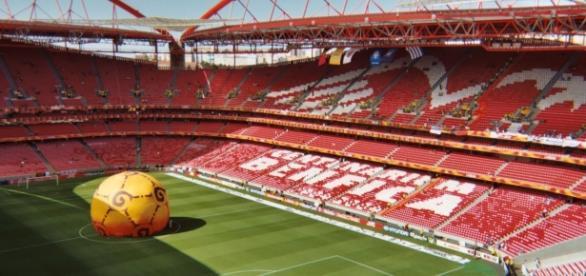 """I giocatori del Benfica festeggiano il """"tetra"""", il quarto titolo consecutivo"""