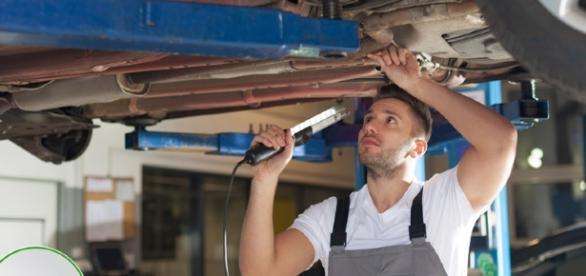 Revisione auto: costo, scadenza, novità e sanzioni - 6sicuro.it