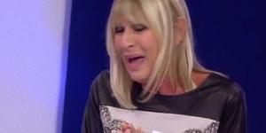 Uomini e Donne: Gemma Galgani scoppia in lacrime.