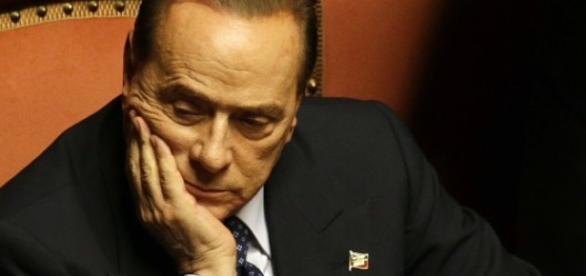 Berlusconi, battuta infelice sulla moglie di Macron