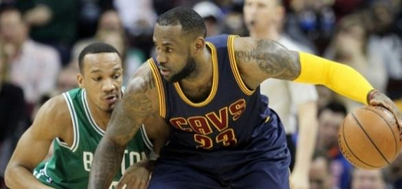 The Cavs and Celtics play Game 1 of their Eastern Conference Finals series on Wednesday. [Image via Blasting News image library/cavsnation.com]