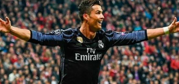 http://libero.pe/futbol-internacional/181991-real-madrid-vs-bayern-munich-ver-segundo-gol-de-cristiano-ronaldo-en-champions-league-video