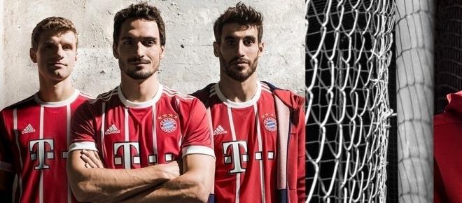 El FC Bayern Múnich presenta la nueva equipación para la temporada 2017/2018