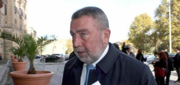 L'ex sindaco di Trapani, Mimmo Fazio, arrestato su ordine del Tribunale di Palermo