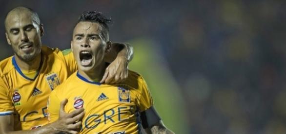 Listo el primer finalista: En duelo de fieras Tigres derrotó a León - sopitas.com