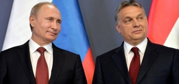 Prietenia cu Vladimir Putin și apropierea de Moscova îi sunt reproșate lui Viktor Orban de către partenerii europeni - Foto: keremlin.ru