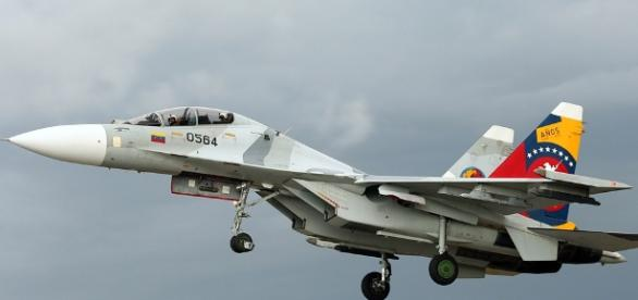 "Sukhoi Su-30 pictured here made an ""unprofessional"" interception of US plane in East China Sea - iikss.com"