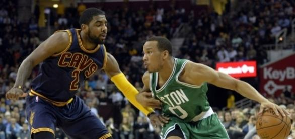 The Celtics and Cavaliers meet again in Boston on Friday night for Game 2. [Image via Blasting News image library/hardwoodhoudini.com]