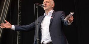 Jeremy Corbyn given rock star reception as he declares Merseyside ... - liverpoolecho.co.uk