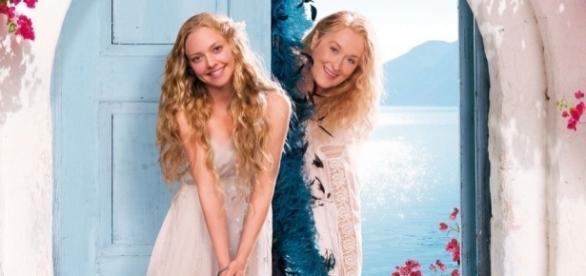 Amazon.com: Mamma Mia! The Movie: Meryl Streep, Pierce Brosnan ... - amazon.com