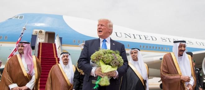 Trump in visita a Riyad: discorso sull'Islam e lotta all'estremismo