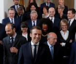 Macron quiere aprobar una nueva reforma laboral en Francia antes ... - elespanol.com