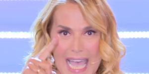 Barbara D'Urso furiosa in diretta