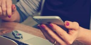 """Las redes sociales como la causa de la """"idiotización"""" de la sociedad"""