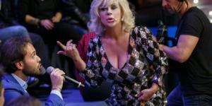 """Tina Cipollari: Selfie, la giurata """"messa a tacere?"""" (VIDEO ... - talkylife.it"""