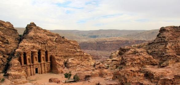 Not-so-epic hike up to the Monastery – Petra, Jordan | | You're ... - yourenotfromaroundhere.com