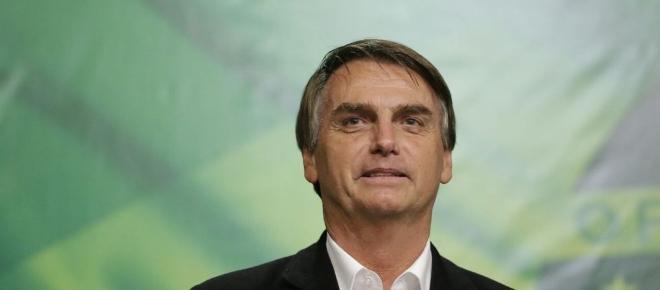 Com Dória, Bolsonaro tem alcance de 17% dos votos, segundo pesquisa